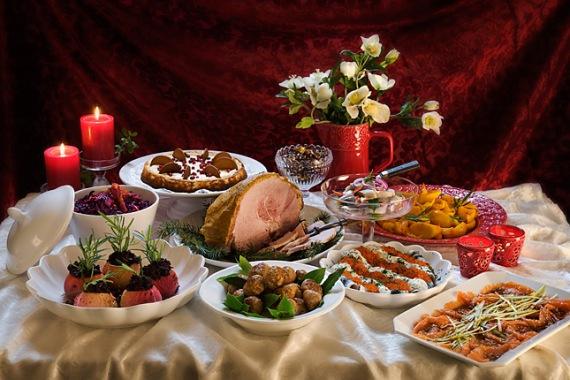 Karacsonyi_asztal
